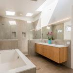 Hawes Bathroom 02